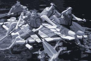 Outdoor Team Training Floßbau– erfahrbare Teamentwicklung
